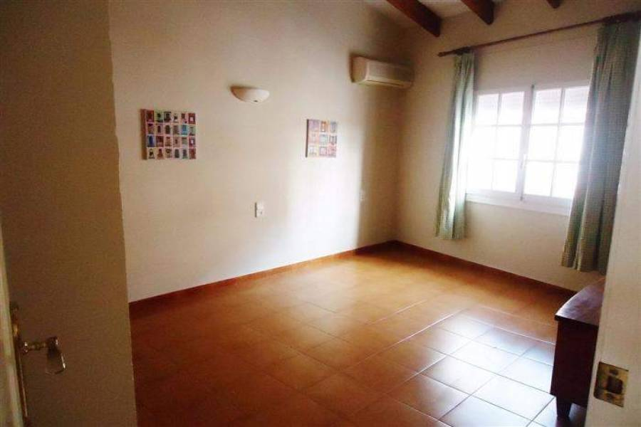 Beniarbeig,Alicante,España,7 Bedrooms Bedrooms,3 BathroomsBathrooms,Casas de pueblo,20666
