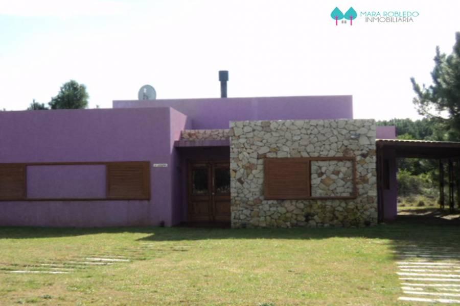 Costa Esmeralda,Buenos Aires,4 Habitaciones Habitaciones,3 BañosBaños,Casas,1182