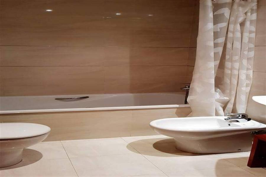 Dénia,Alicante,España,2 Bedrooms Bedrooms,3 BathroomsBathrooms,Apartamentos,20819