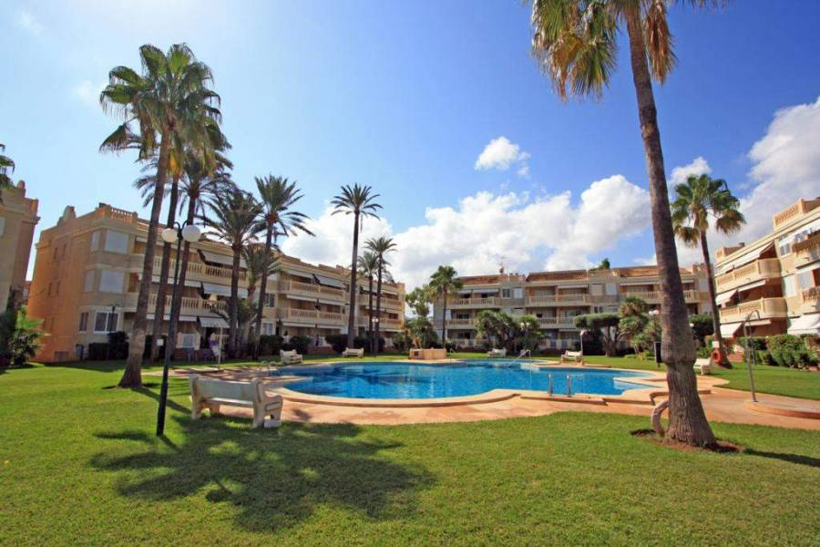 Dénia,Alicante,España,3 Bedrooms Bedrooms,2 BathroomsBathrooms,Apartamentos,20822