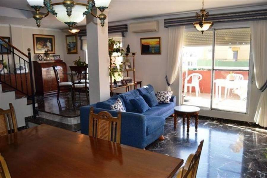 Dénia,Alicante,España,4 Bedrooms Bedrooms,2 BathroomsBathrooms,Apartamentos,20876