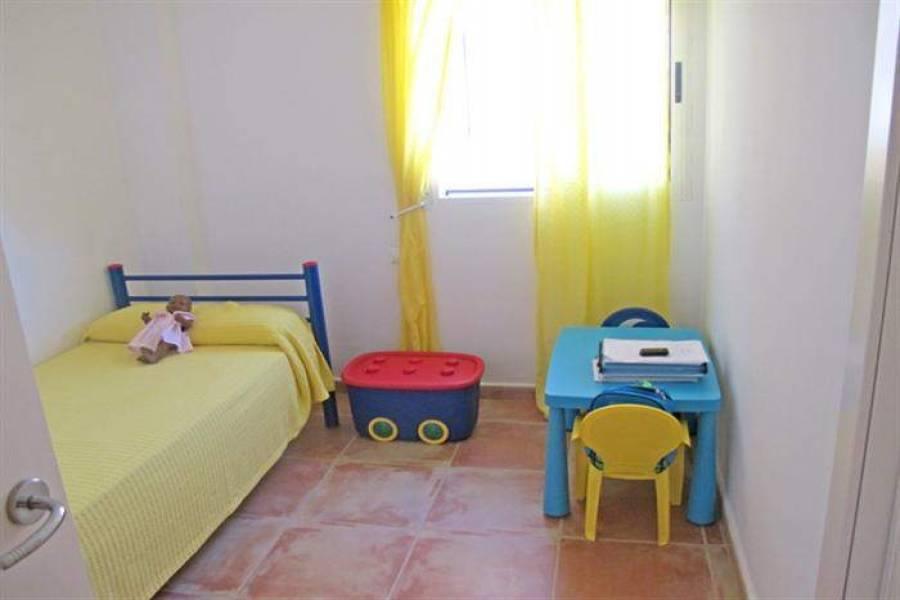 Dénia,Alicante,España,3 Bedrooms Bedrooms,2 BathroomsBathrooms,Apartamentos,21014