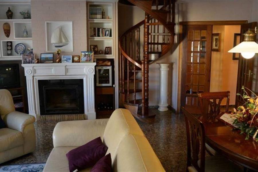 Dénia,Alicante,España,3 Bedrooms Bedrooms,2 BathroomsBathrooms,Apartamentos,21027