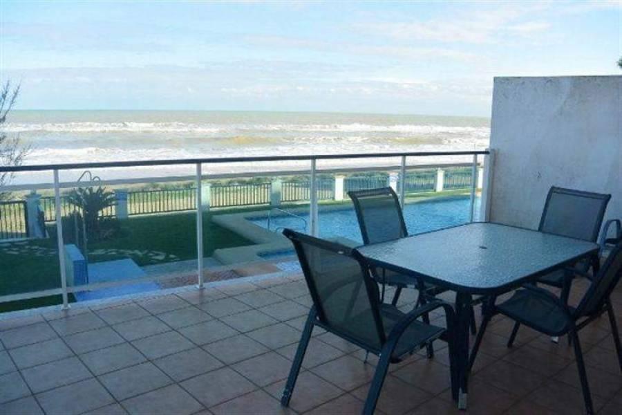 Dénia,Alicante,España,3 Bedrooms Bedrooms,2 BathroomsBathrooms,Apartamentos,21048