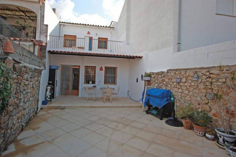 Orba,Alicante,España,3 Bedrooms Bedrooms,2 BathroomsBathrooms,Casas de pueblo,21055