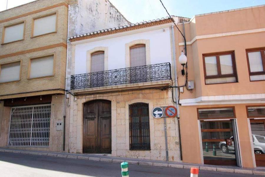 Pedreguer,Alicante,España,6 Bedrooms Bedrooms,2 BathroomsBathrooms,Casas de pueblo,21056