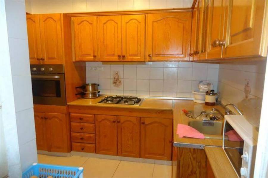 Dénia,Alicante,España,4 Bedrooms Bedrooms,2 BathroomsBathrooms,Apartamentos,21211