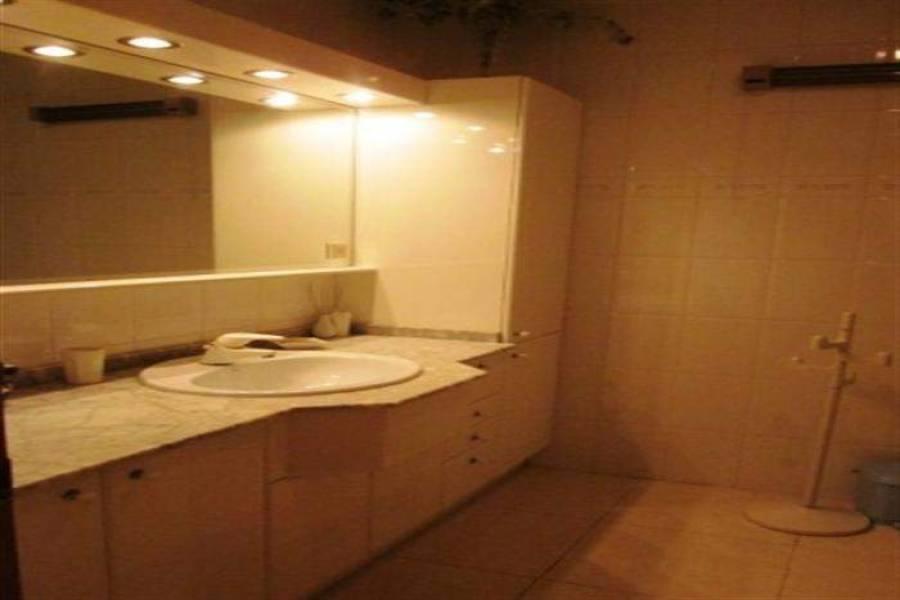 Dénia,Alicante,España,4 Bedrooms Bedrooms,2 BathroomsBathrooms,Apartamentos,21249