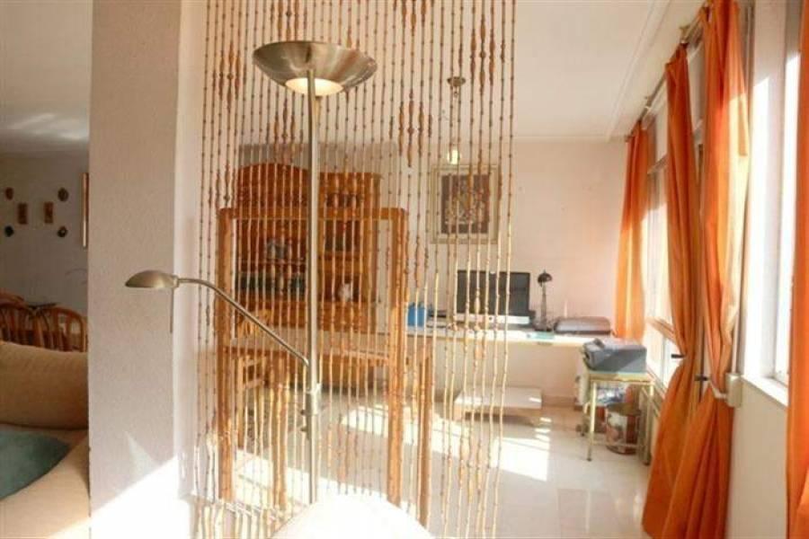 Dénia,Alicante,España,4 Bedrooms Bedrooms,2 BathroomsBathrooms,Apartamentos,21351