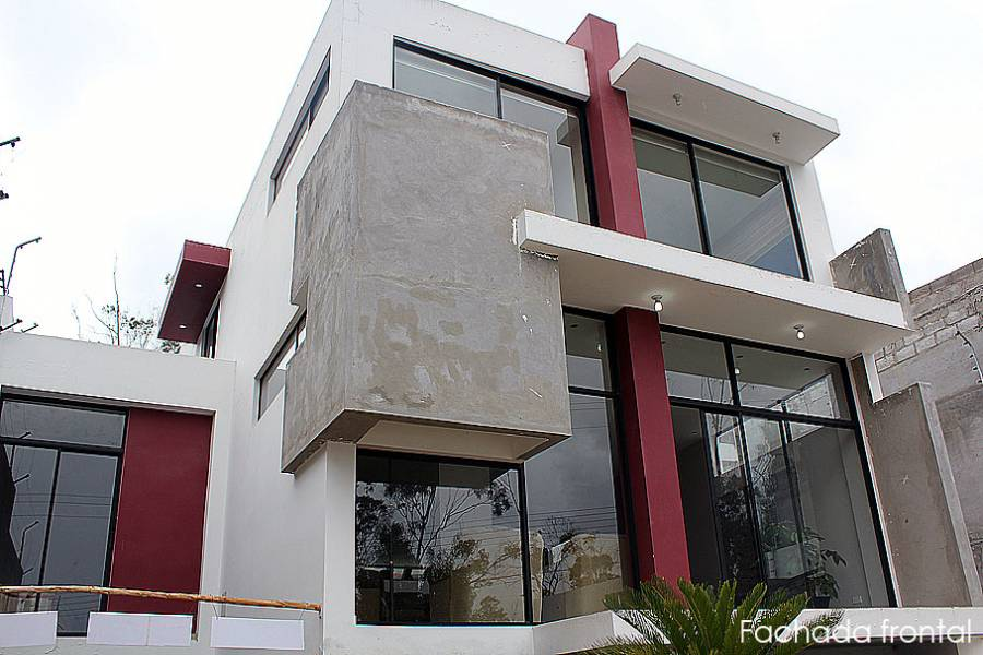 SAN ANTONIO,PICHINCHA,Ecuador,3 Habitaciones Habitaciones,3 BañosBaños,Casas,La Marca,2,2938