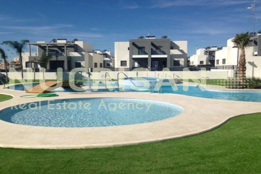 Torrevieja,Alicante,España,2 Bedrooms Bedrooms,2 BathroomsBathrooms,Bungalow,21561