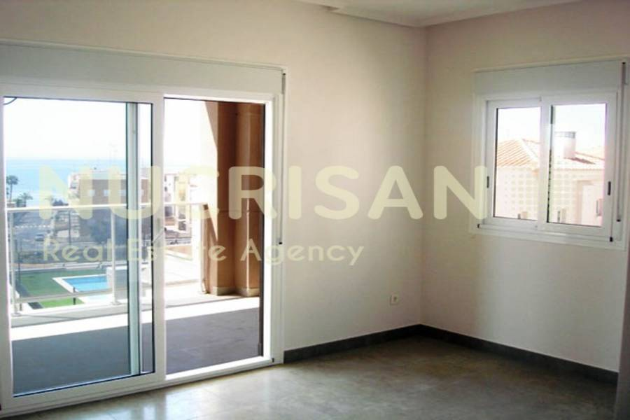 Santa Pola,Alicante,España,3 Bedrooms Bedrooms,2 BathroomsBathrooms,Apartamentos,21569