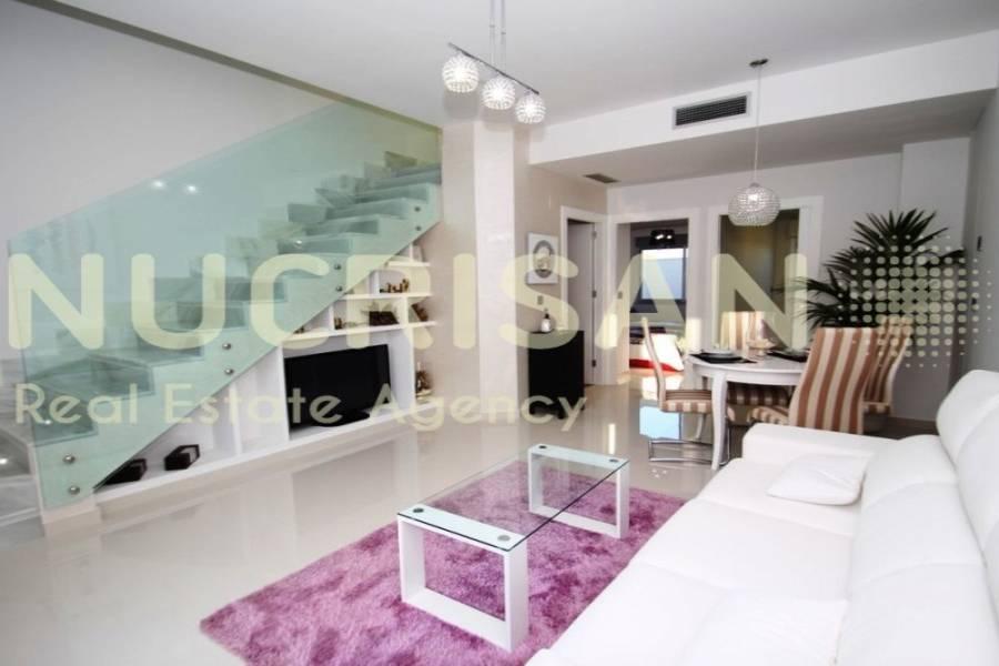 Torrevieja,Alicante,España,3 Bedrooms Bedrooms,2 BathroomsBathrooms,Bungalow,21590