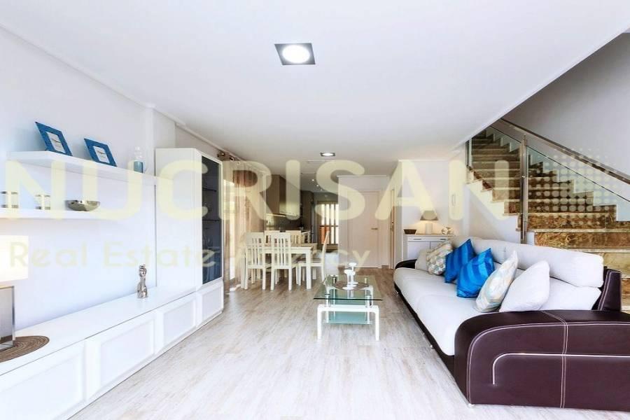 Pilar de la Horadada,Alicante,España,3 Bedrooms Bedrooms,2 BathroomsBathrooms,Dúplex,21605