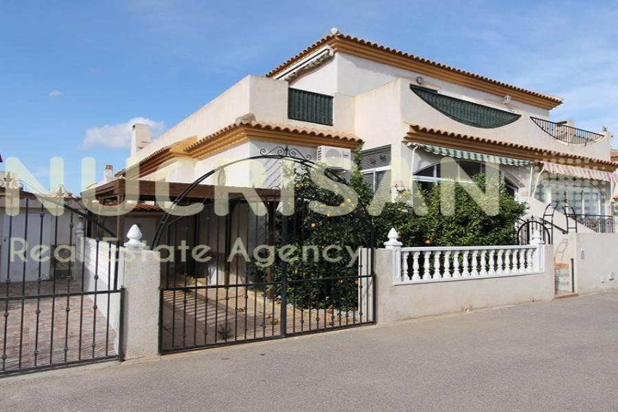 Orihuela,Alicante,España,2 Bedrooms Bedrooms,1 BañoBathrooms,Bungalow,21630