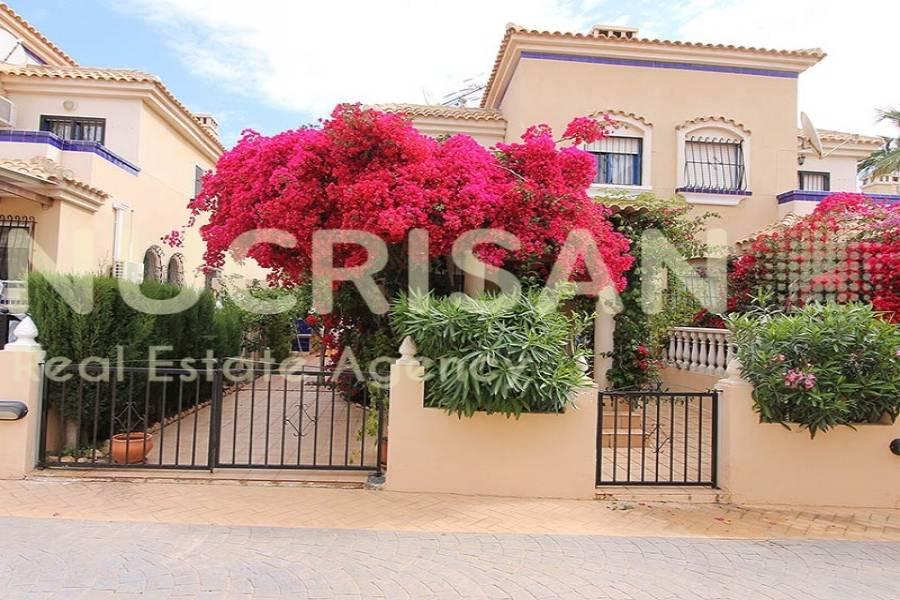 Orihuela,Alicante,España,2 Bedrooms Bedrooms,2 BathroomsBathrooms,Bungalow,21645