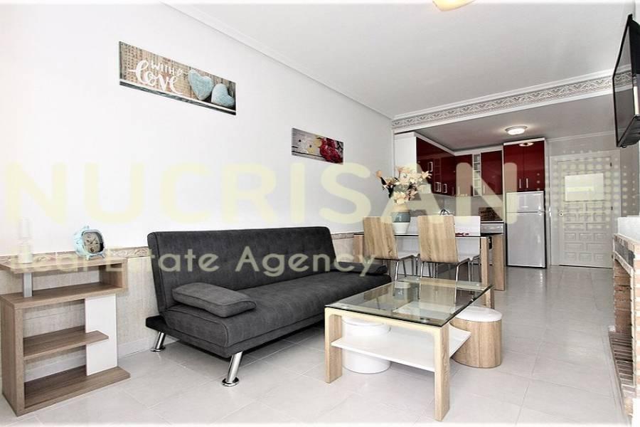 Orihuela,Alicante,España,2 Bedrooms Bedrooms,1 BañoBathrooms,Bungalow,21674