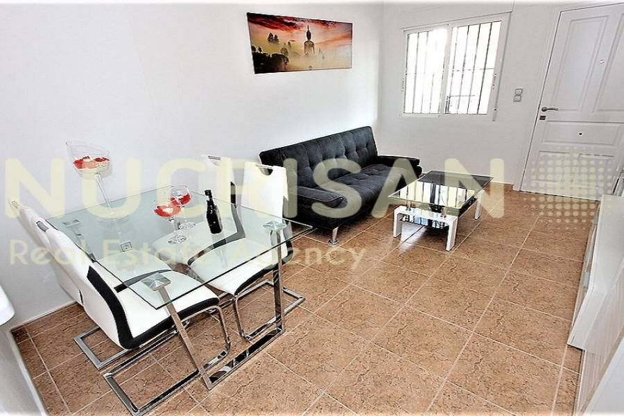Orihuela,Alicante,España,2 Bedrooms Bedrooms,1 BañoBathrooms,Bungalow,21703