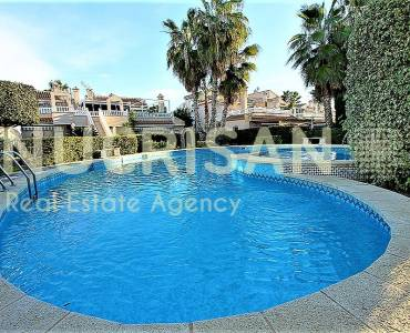 Orihuela,Alicante,España,2 Bedrooms Bedrooms,1 BañoBathrooms,Bungalow,21706