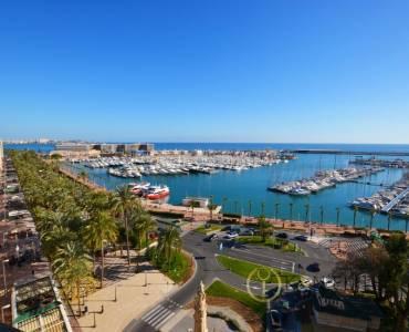 Alicante,Alicante,España,4 Bedrooms Bedrooms,2 BathroomsBathrooms,Atico,21722