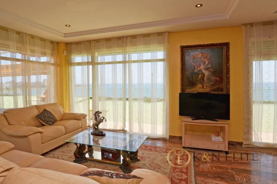 Alicante,Alicante,España,5 Bedrooms Bedrooms,4 BathroomsBathrooms,Atico,21724
