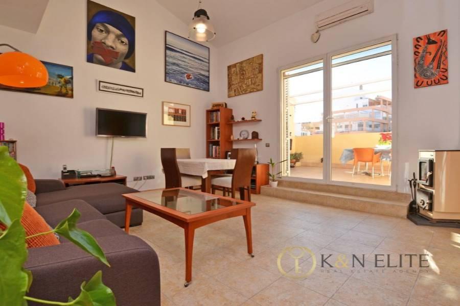 Alicante,Alicante,España,2 Bedrooms Bedrooms,1 BañoBathrooms,Atico,21729