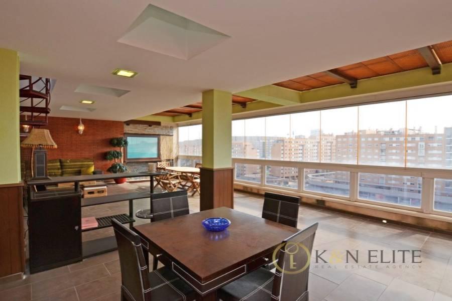 Alicante,Alicante,España,5 Bedrooms Bedrooms,3 BathroomsBathrooms,Atico,21733