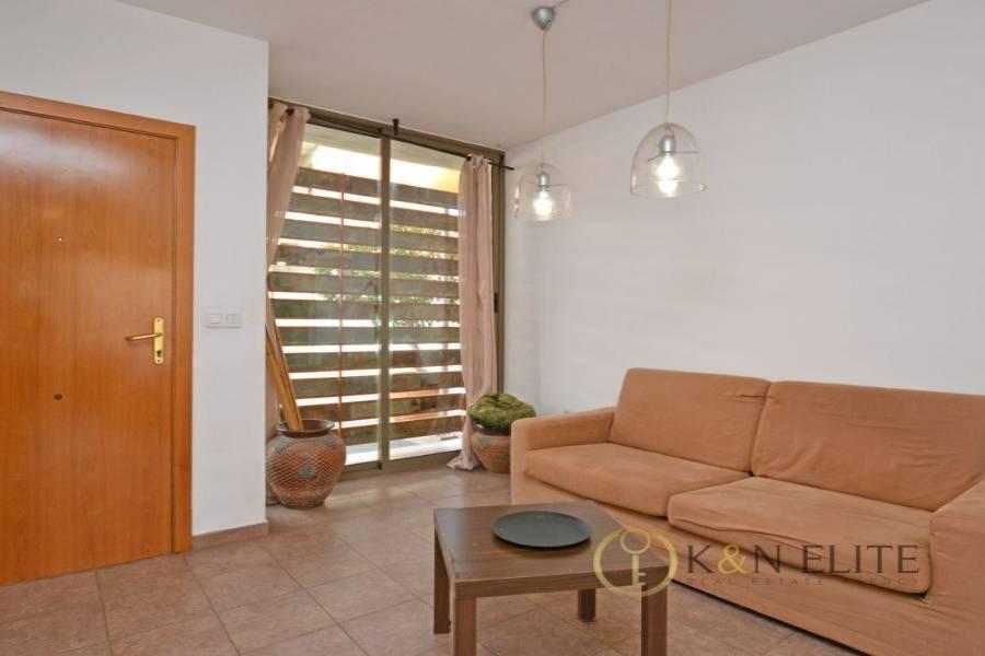 Alicante,Alicante,España,3 Bedrooms Bedrooms,3 BathroomsBathrooms,Bungalow,21734