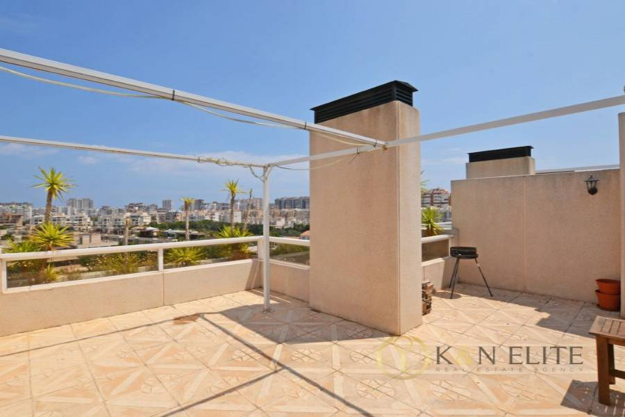Alicante,Alicante,España,2 Bedrooms Bedrooms,2 BathroomsBathrooms,Atico,21738