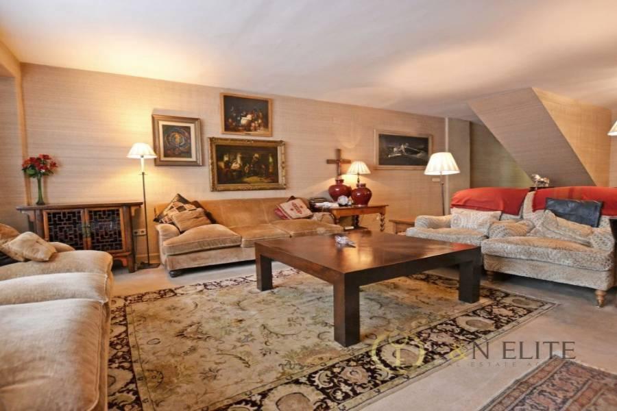 Alicante,Alicante,España,4 Bedrooms Bedrooms,4 BathroomsBathrooms,Dúplex,21740