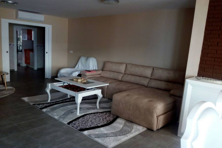Alicante,Alicante,España,3 Bedrooms Bedrooms,2 BathroomsBathrooms,Apartamentos,21776