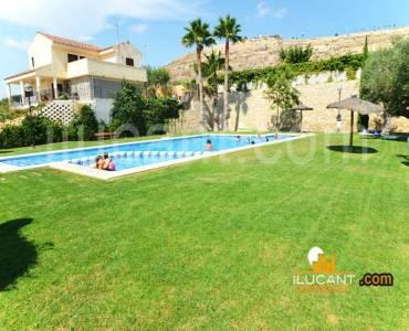Mutxamel,Alicante,España,4 Bedrooms Bedrooms,3 BathroomsBathrooms,Bungalow,21785