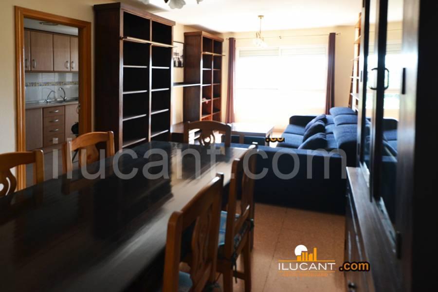 Alicante,Alicante,España,4 Bedrooms Bedrooms,3 BathroomsBathrooms,Dúplex,21786