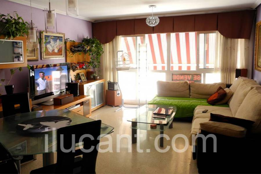 Alicante,Alicante,España,3 Bedrooms Bedrooms,2 BathroomsBathrooms,Atico,21813