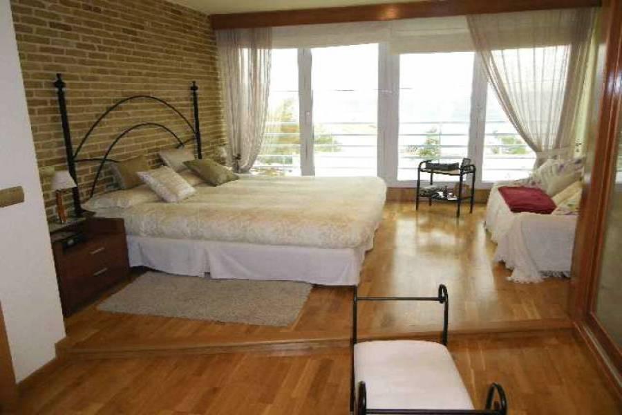 Alicante,Alicante,España,5 Bedrooms Bedrooms,5 BathroomsBathrooms,Adosada,21817