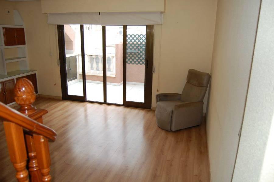 Santa Pola,Alicante,España,4 Bedrooms Bedrooms,2 BathroomsBathrooms,Pisos tipo duplex,22262
