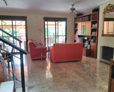 Mutxamel,Alicante,España,4 Bedrooms Bedrooms,2 BathroomsBathrooms,Bungalow,22272