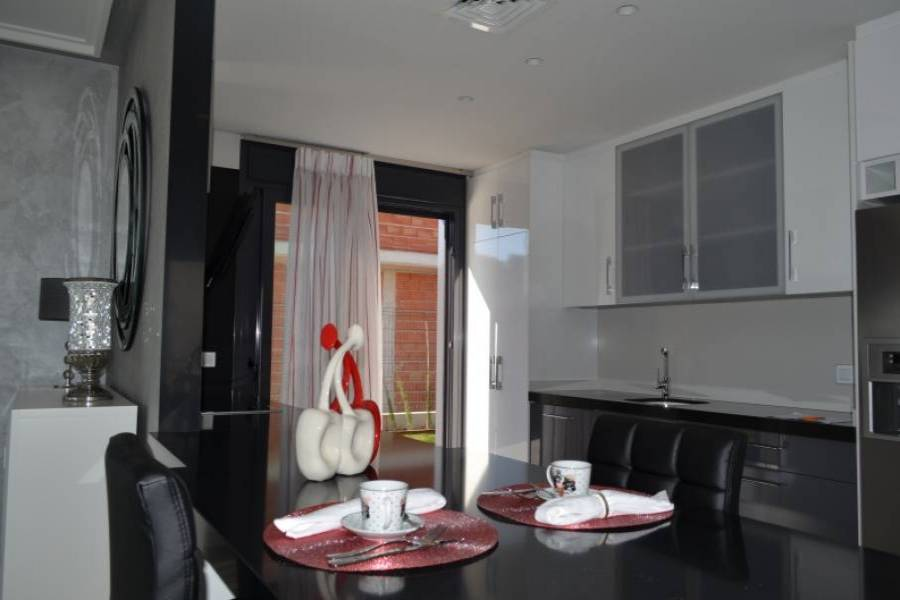 Dehesa de campoamor,Alicante,España,4 Bedrooms Bedrooms,4 BathroomsBathrooms,Casas,22303