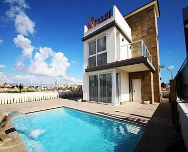 Torrevieja,Alicante,España,4 Bedrooms Bedrooms,3 BathroomsBathrooms,Casas,22326