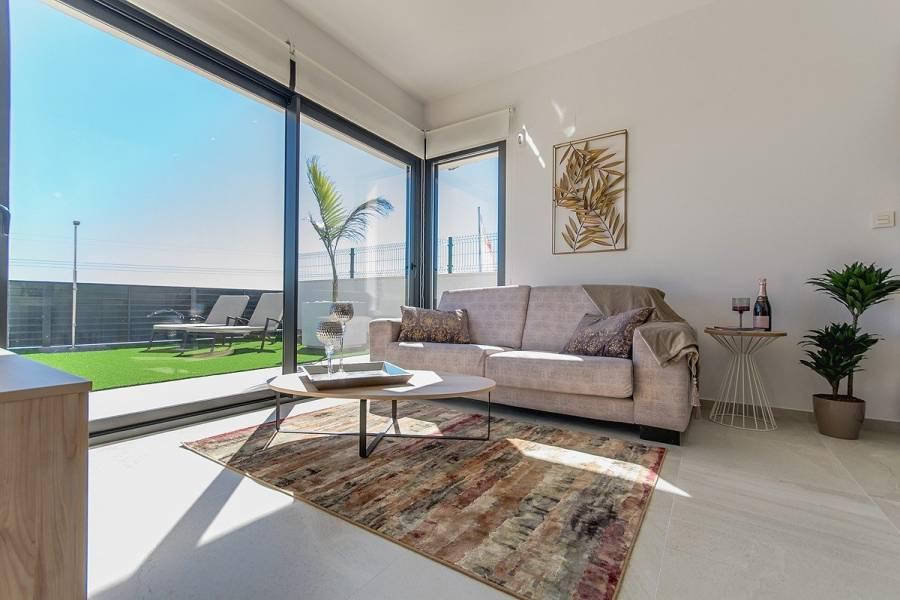 San Miguel de Salinas,Alicante,España,3 Bedrooms Bedrooms,3 BathroomsBathrooms,Casas,22405
