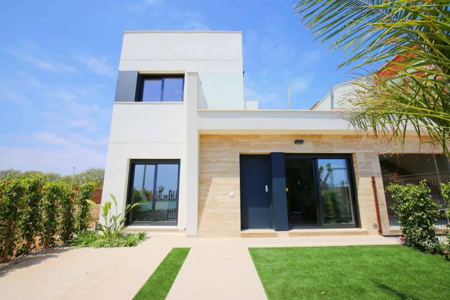 Pilar de la Horadada,Alicante,España,3 Bedrooms Bedrooms,2 BathroomsBathrooms,Adosada,22418