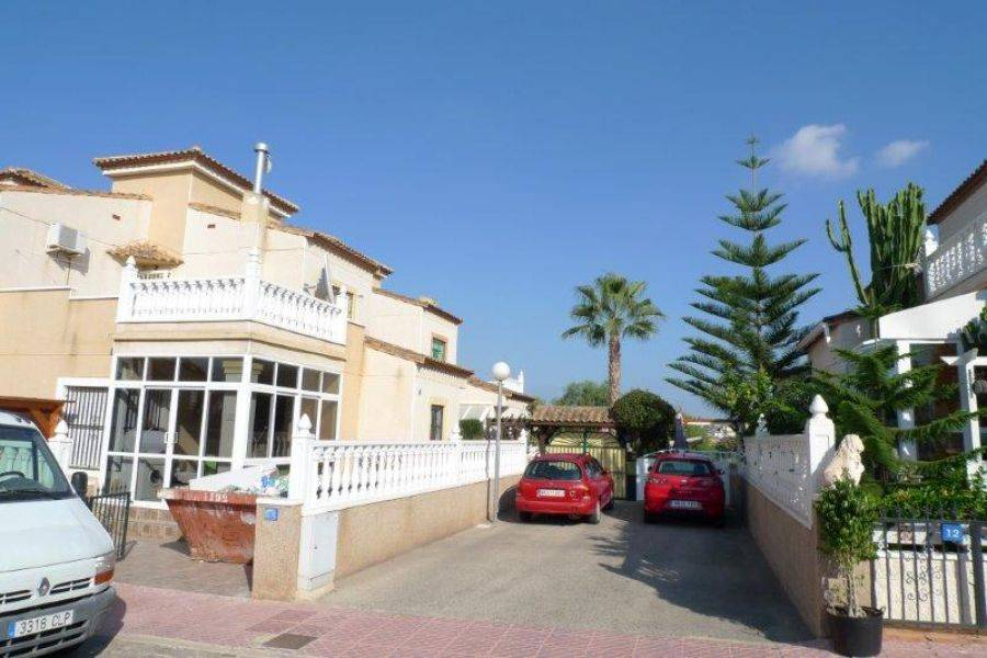 Algorfa,Alicante,España,3 Bedrooms Bedrooms,1 BañoBathrooms,Dúplex,22469