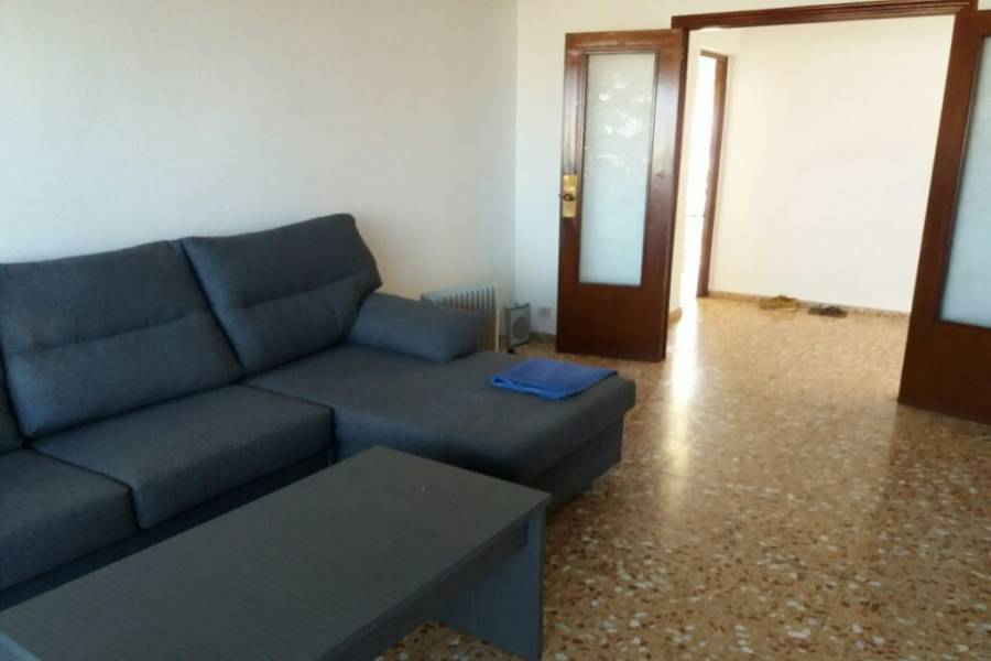 Alicante,Alicante,España,3 Bedrooms Bedrooms,1 BañoBathrooms,Apartamentos,22476