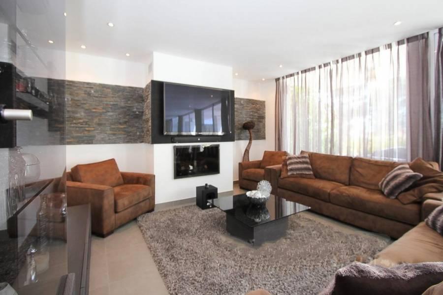 Altea,Alicante,España,5 Bedrooms Bedrooms,2 BathroomsBathrooms,Casas,22495