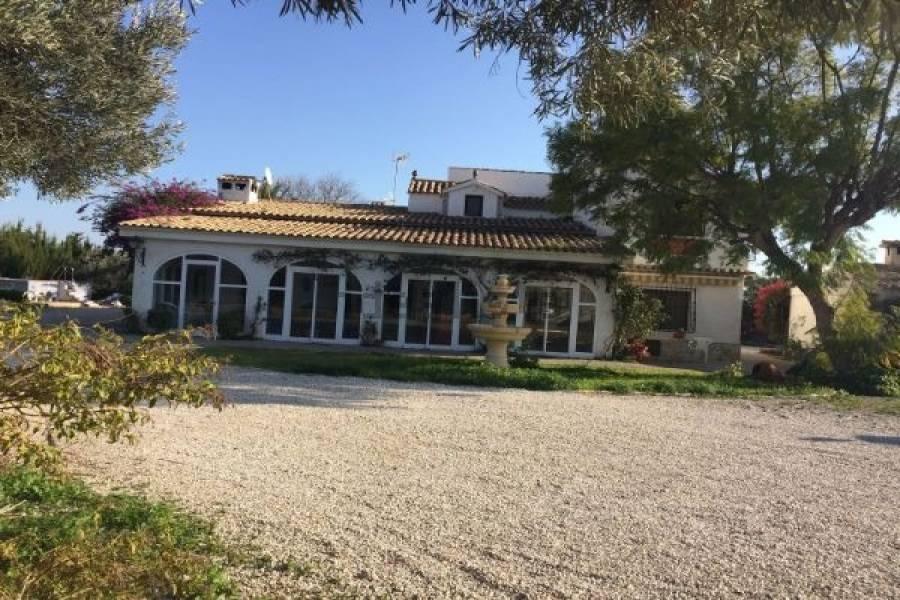 Mutxamel,Alicante,España,3 Bedrooms Bedrooms,3 BathroomsBathrooms,Casas,22497
