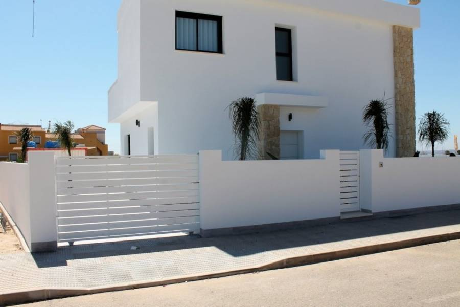Los Montesinos,Alicante,España,3 Bedrooms Bedrooms,2 BathroomsBathrooms,Casas,22500