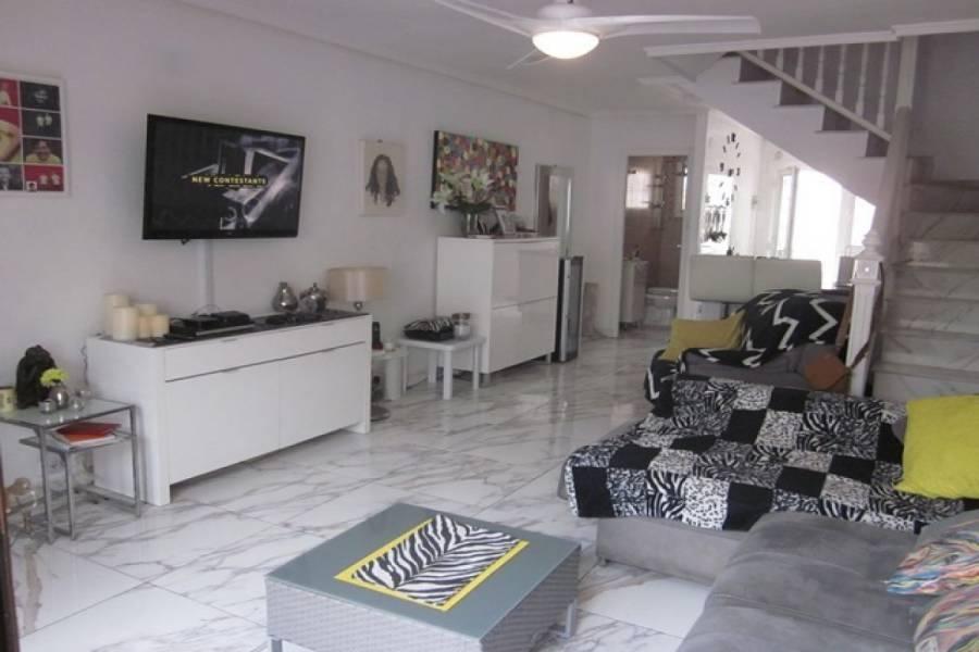 Torrevieja,Alicante,España,2 Bedrooms Bedrooms,2 BathroomsBathrooms,Bungalow,22533