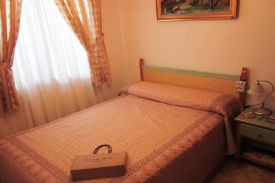 Torrevieja,Alicante,España,2 Bedrooms Bedrooms,1 BañoBathrooms,Adosada,22537