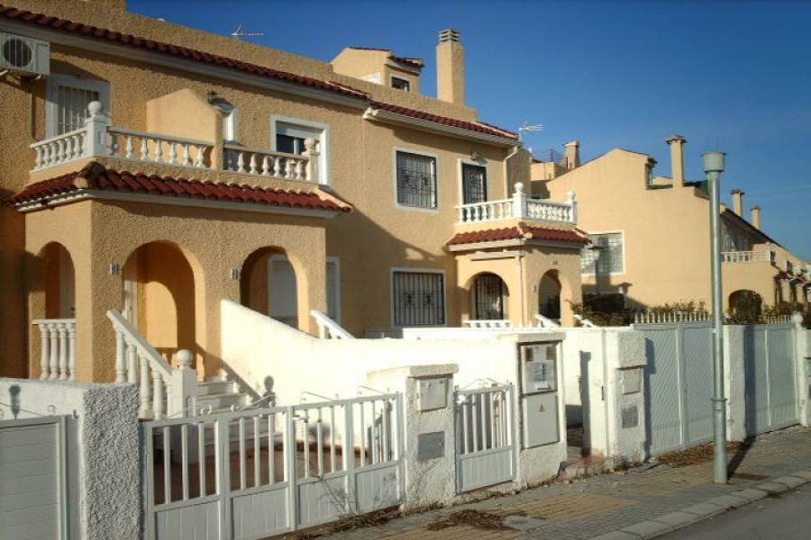 El Rebolledo,Alicante,España,2 Bedrooms Bedrooms,2 BathroomsBathrooms,Adosada,24158