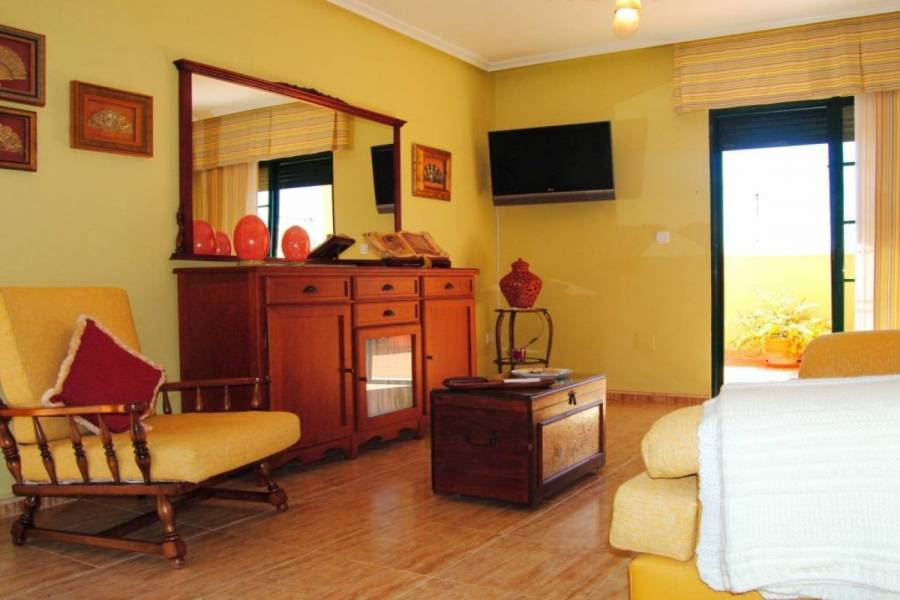 Pilar de la Horadada,Alicante,España,2 Bedrooms Bedrooms,1 BañoBathrooms,Atico,24174
